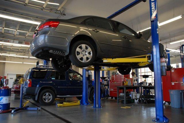 Reparation av bilen